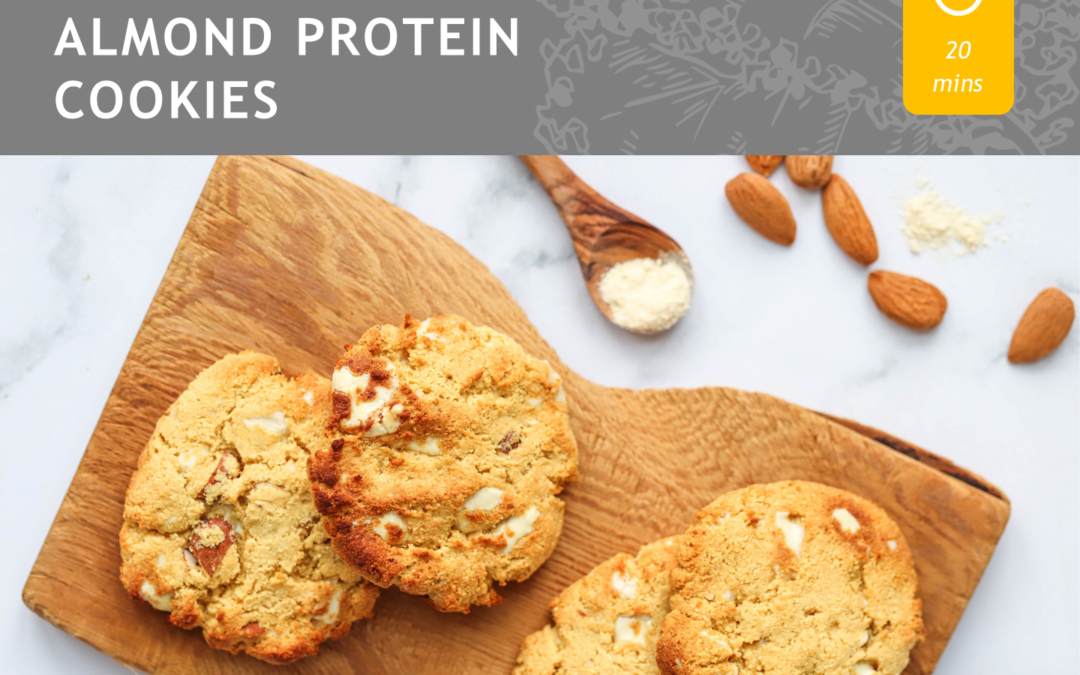 WHITE CHOCOLATE ALMOND PROTEIN COOKIES